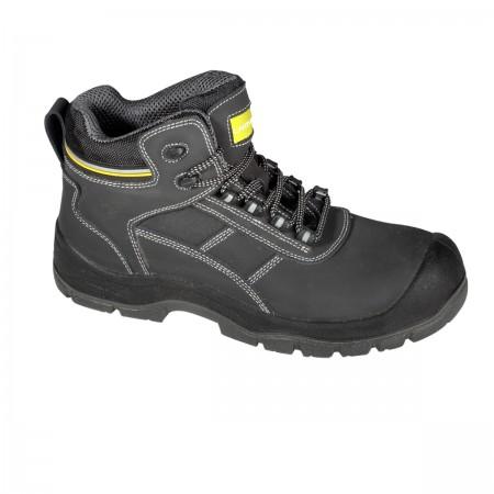 Darbo batai juodi